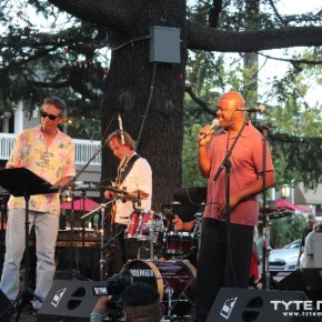 Los Gatos Jazz On The Plazz: Tony Lindsay